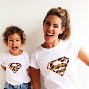 T-shirt filles manches courtes, 100% coton imprimé - super family